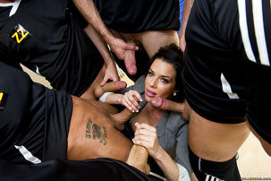 5 sporting studs and beautiful Veronica Avluv
