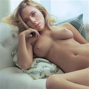 Scarlett Johanssons Very first Ever Bare Getting off..